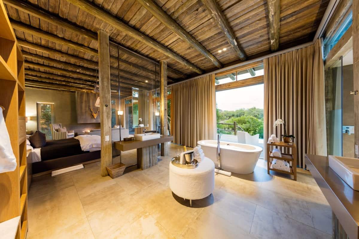 Kapama Karula Superior Luxury Villa ensuite Bathroom